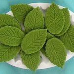 7046-jestiva-dekoracija-listic-torta-kolac-zeleno-sveisvasta
