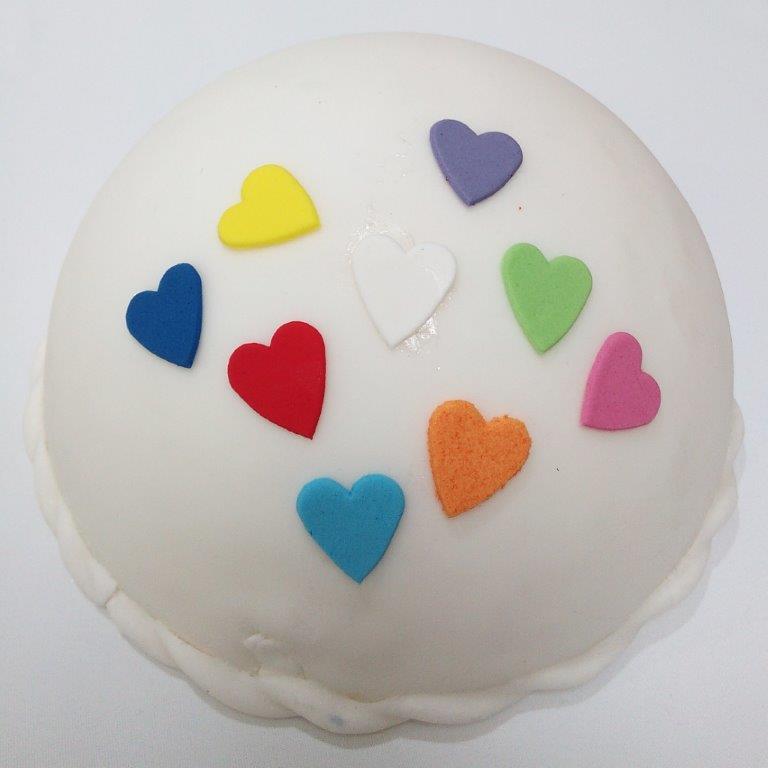 jestivi-ukras-dekoracija-srce-ecer-torta-kolac-sveisvasta