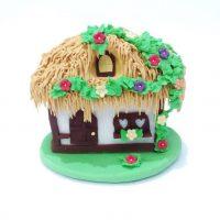 kucica-sa-slamom-dekoracija-jestiva-secer-ukras-torta-rodjendan-sveisvasta