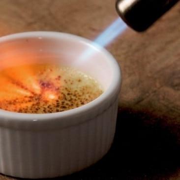 brener-flambiranje-slastica-creme-brulee-plamenik-prodaja-sveisvasta (2)