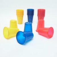 case-tanjuri-boja-stol-rodjendan-proslava-plastični-žuta-crvena-plava-sveisvasta (2)