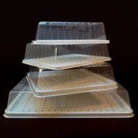 kvadratna-kutija-torta-transport-plasticna-sveisvasta