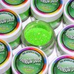 zelena-dekorativna-sjajna-prasina-dekoracija-sljokice-glitter-sveisvasta (1)